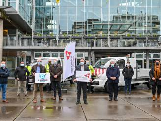 Koksijde investeert in twee elektrische bestelwagens met laadbak