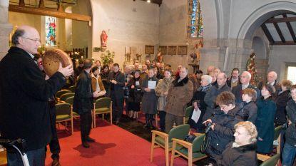 Broodverkoop in kerk voor vzw Lichtpunt