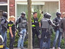 Man met zwaard in Enschede bewusteloos overgebracht naar ziekenhuis