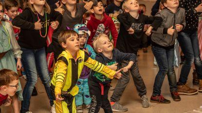 FOTOREEKS: Kinderen vieren 25 jaar 't Berenhuisje met carnaval