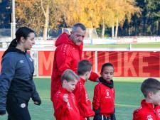 Daan (6) wilde dood, maar lacht weer dankzij het speciale voetbalteam van Anton