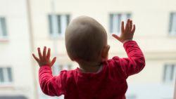 Baby 'stierf' 7 jaar geleden. Nu krijgen ouders factuur van weeshuis