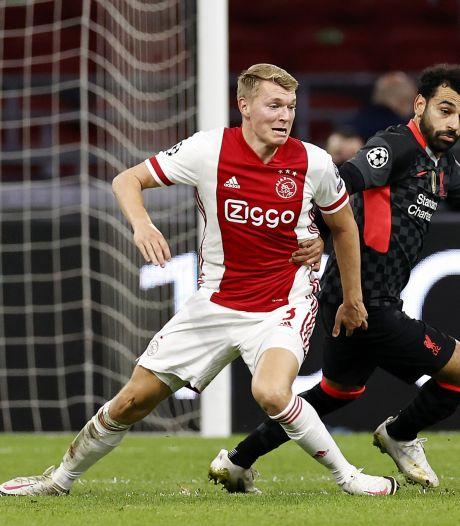 Perr Schuurs: 'de nieuwe De Ligt' of juist een zwakke schakel bij Ajax?