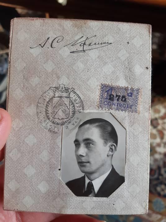 Trouwboekje Anton Nouwen, opa van Oscar Kocken