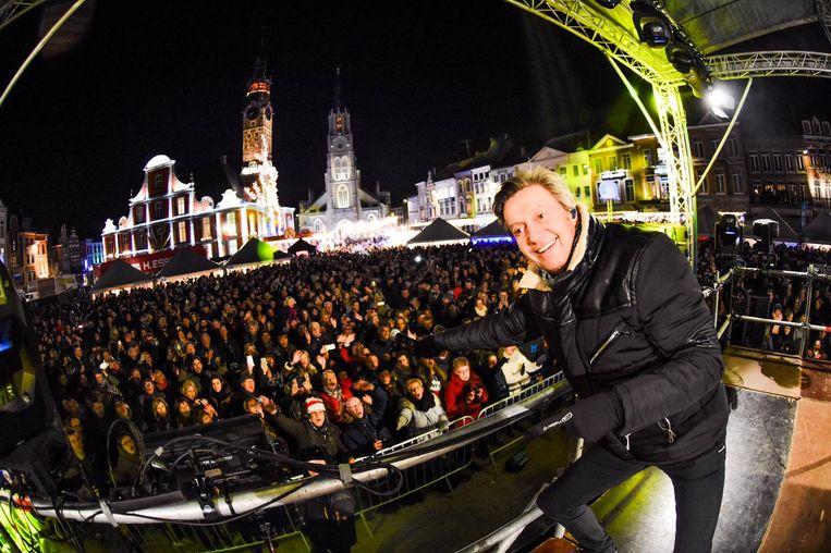 Headliner Willy Sommers trok de meer dan 10.000 feestvierders op sleeptouw