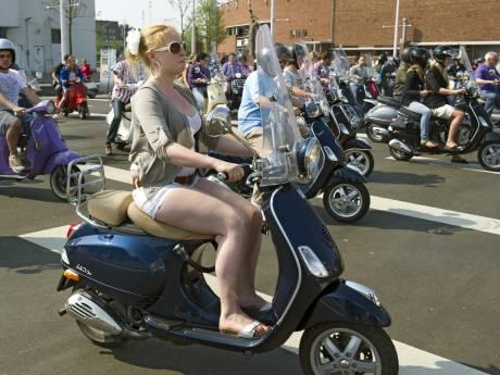 Ouderen willen geen helm op in het verkeer