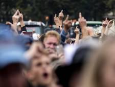 'Verrader' Tjeerd de Groot (D66) weggehoond op het Malieveld