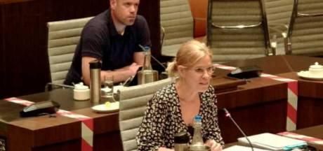 Deel politiek in Enschede heft klaagzang aan over 'niet onafhankelijke' klachtencommissaris