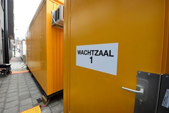 Beeld ter illustratie, Aalst. Vlaamse regering roept gemeenten op triagecentra te helpen organiseren.