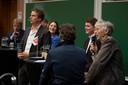 Johan Vollenbroek aan het woord tijdens het boerendebat van de Gelderlander.