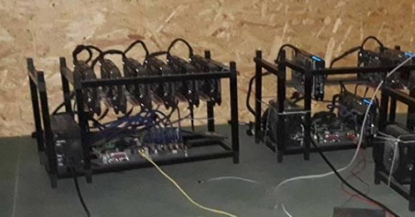 Politie treft bitcoinfabriek aan op Urk: 'Kan per jaar