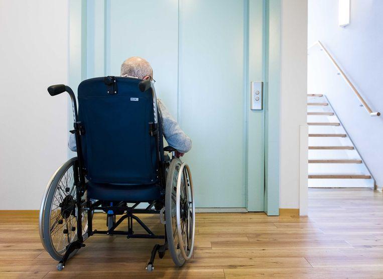 Een oudere in een verzorgingshuis. Archieffoto. Beeld ANP XTRA