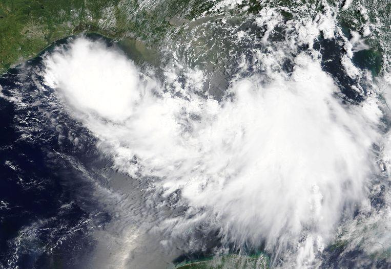 De tropische storm Barry stevent af op de kust van Louisiana.