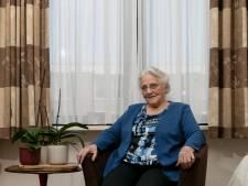 Bewoners van woon- en zorgcentrum Open Vensters in Ameide vastgelegd in fotoboek