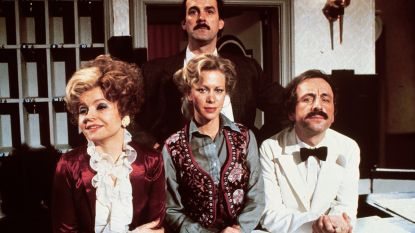 """""""Don't mention the War, I Know Nothing, I'm From Barcelona"""": dit zijn de allerleukste momenten uit 'Fawlty Towers'"""