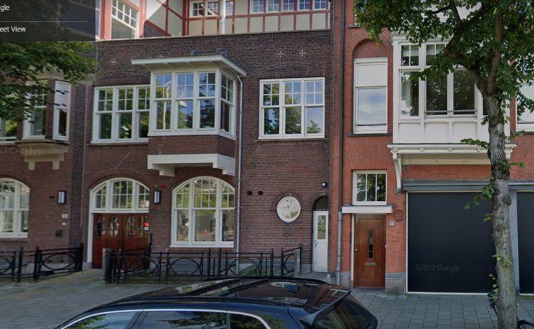 Het huis aan de Gabriël Metsustraat in Zuid, nummer 6 (deur rechts). Beeld Google Maps
