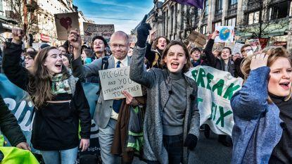"""Na zesde klimaatbetoging verliest Anuna De Wever stilaan haar geduld met de politiek: """"Stop met schieten op elkaar en op ons. Doe nu eens iets"""""""