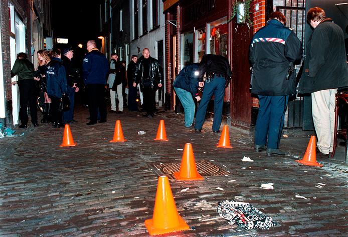 Onmiddellijk na de schietpartij start de politie een groot onderzoek.