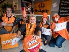 In Vroomshoopse supermarkt juichen ze óók voor Oranje-vrouwen