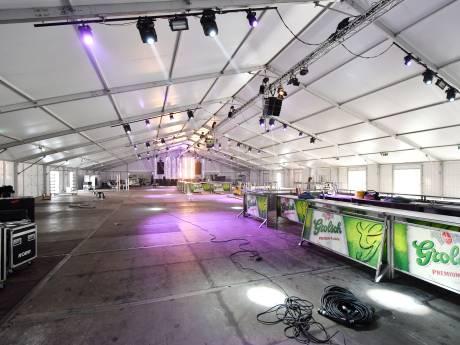 Pats, boem, meteen vol het carnaval in met feest in Albergen