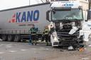 Ongeluk met twee trucks voor de ingang van DAF in Eindhoven.