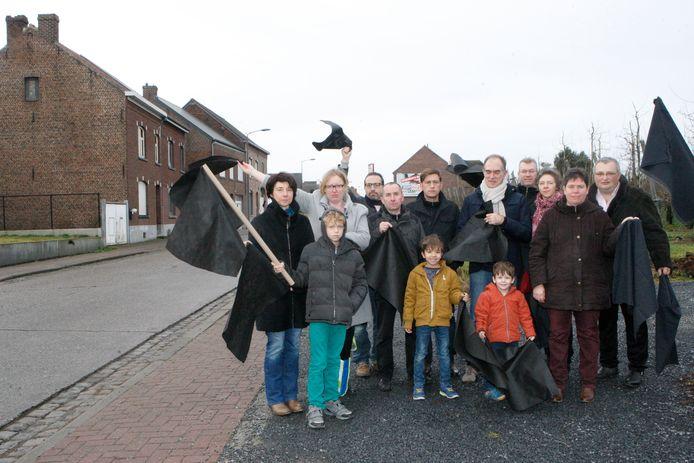 De actiegroep Tienen Stinkt blijft zoeken naar de oorzaak van alle geurhinder.