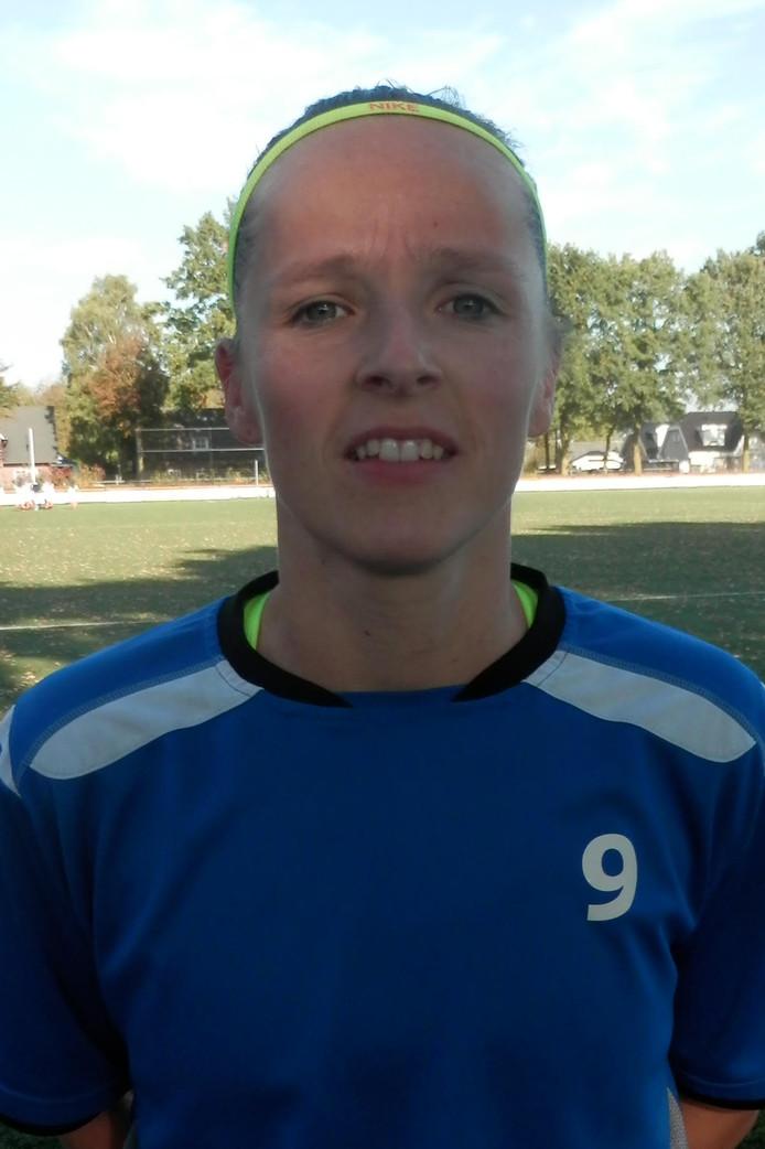 Kim Bankers van ST Someren/NWC vrouwen scoorde vandaag twee keer in de gewonnen wedstrijd tegen Bavel.