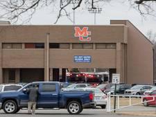 Jongen van vijftien schiet twee leerlingen dood in Kentucky