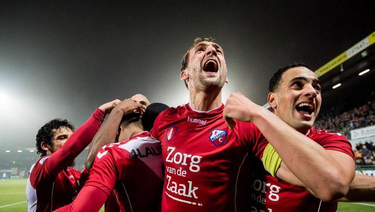 FC Utrecht-spelers juichen na winnende doelpunt. Beeld anp