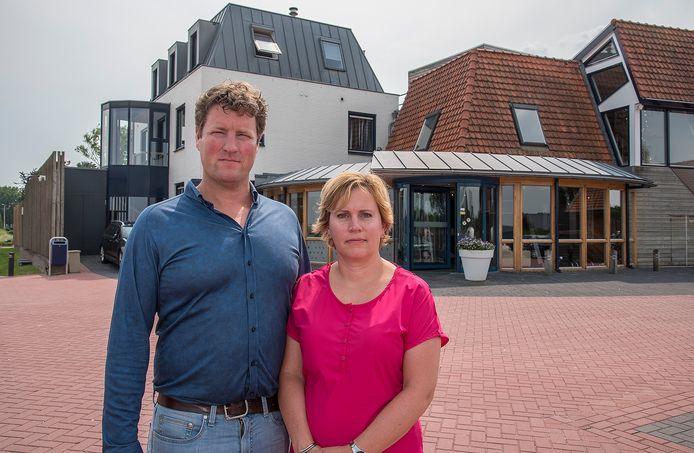 Eric en Corina van Ingen Schenau, eigenaren van Sauna & Beauty Oase in Nederasselt.