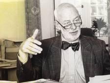 Oud-wethouder 'met het vlinderdasje' Bert Slingenberg van Arnhem overleden