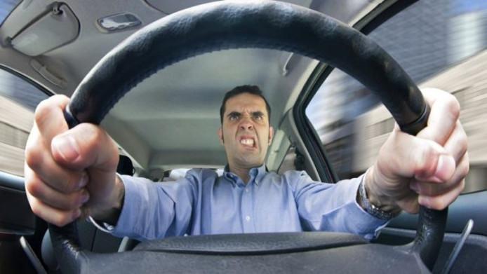 Irritaties in het verkeer: 99 procent van de automobilisten ervaart ze volgens Allianz Direct
