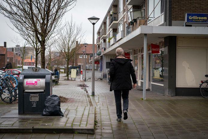 Ondergrondse restafvalcontainer in de wijk Immerloo I in Arnhem-Zuid.