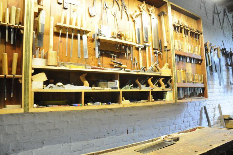 In het atelier in het rustige Kapellen kan Herman in alle rust werken