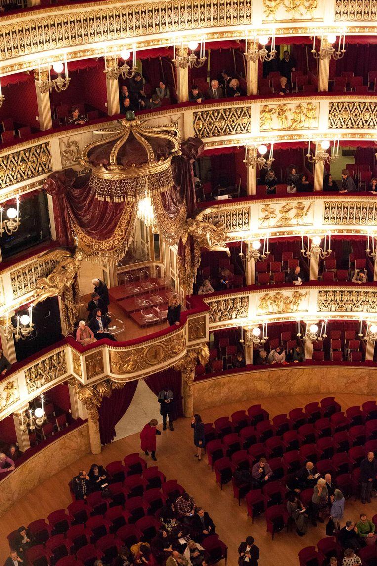 Het Teatro di San Carlo. Beeld Eefje Ludwig