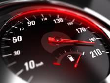 Automobilist (19) raakt rijbewijs kwijt: 183 waar 80 is toegestaan
