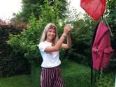 Luna (15) uit Rossum zelfverzekerd naar examenuitslag: 'Nu de havo'