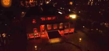 Dit is waarom heel Twente vanavond oranje kleurt