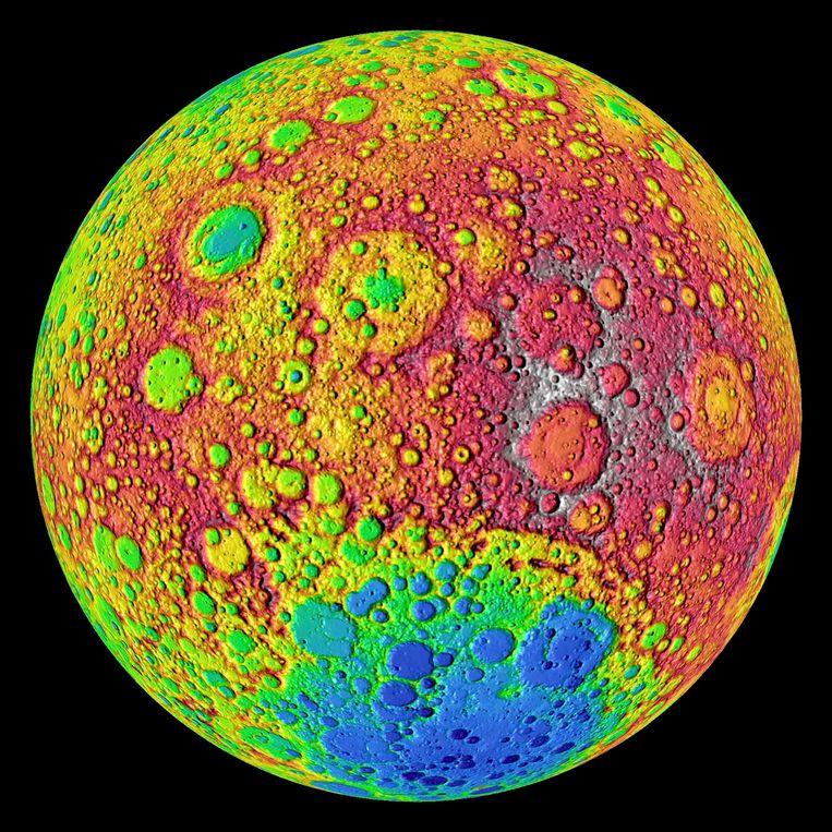 De achterkant van de maan, in beeld gebracht door de Lunar Reconnaissance Orbiter.