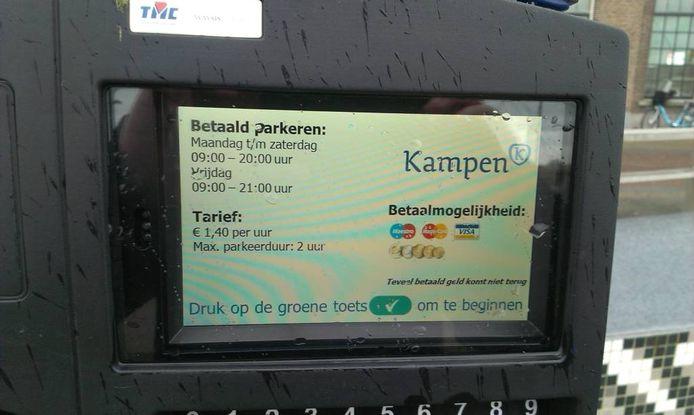 Door de coronacrisis loopt Kampen tonnen aan parkeergeld mis.