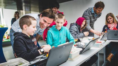 Kinderen schaven technologische kennis bij met Fyxxi  in De Abt