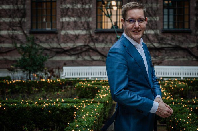 Arno Bonte (1978) is sinds 5 juli 2018 namens GroenLinks wethouder in Rotterdam. Hij wil de afname van het autoverkeer door de lockdown zoveel mogelijk vasthouden.