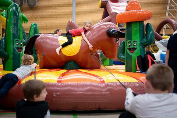 Archiefbeeld - Pop-Up Springpret in Sportcentrum Breeven.