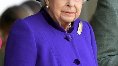"""Elizabeth 'sloeg' haar neefje: """"Spreek niet tegen, ik ben de Queen"""""""