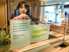 Ook huisartsenpost in Dordrecht hanteert anti-handen-schudden-beleid