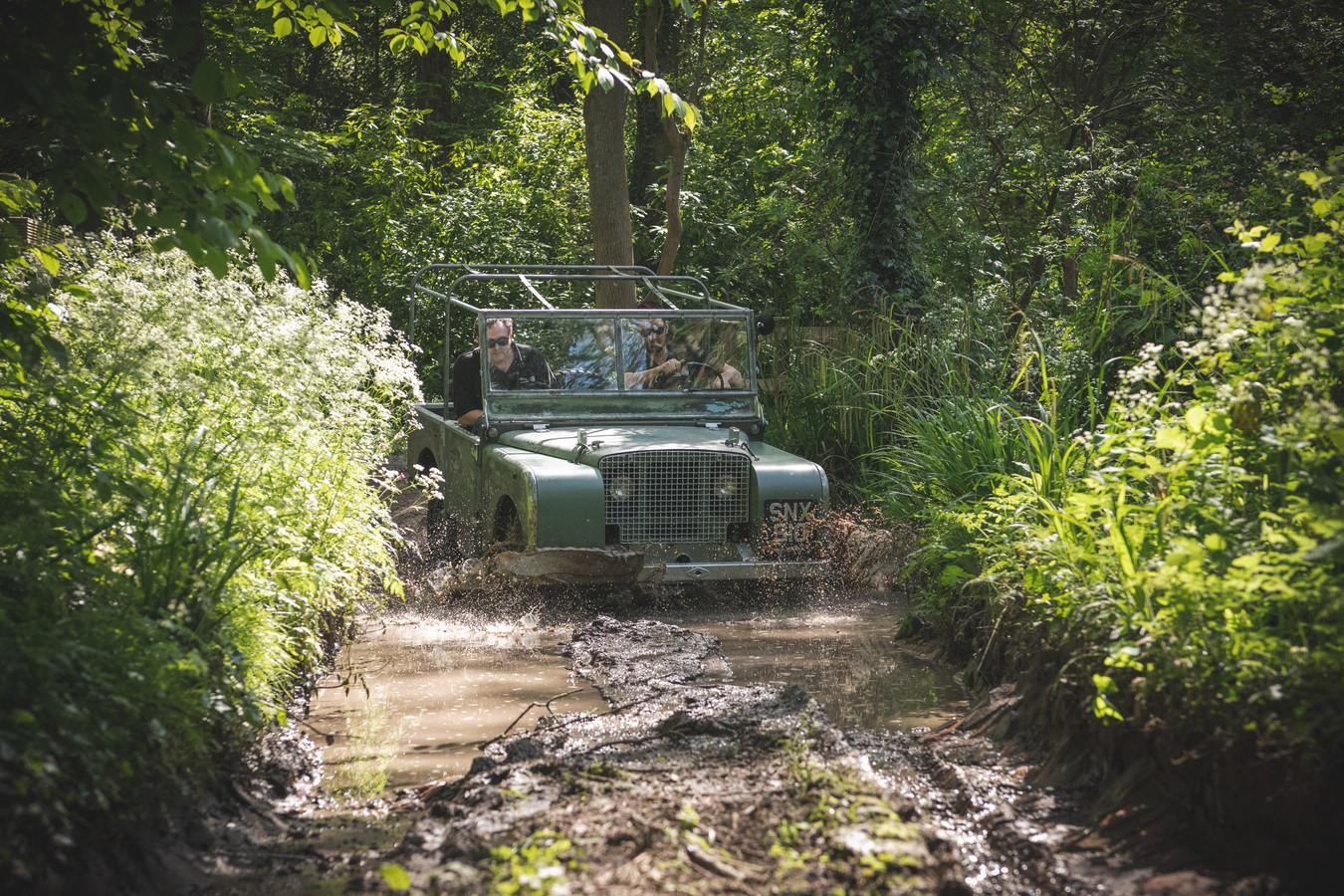 De Land Rover is technisch compleet nieuw en dus weer klaar voor nieuwe uitdagingen