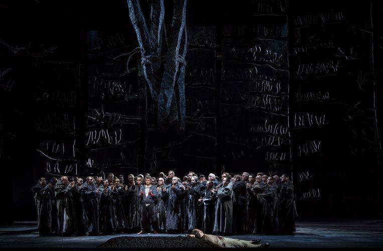 De finale van 'Parsifal'. Het verblufte publiek beloonde de zangers gul. Beeld ruth walz