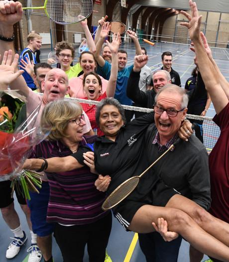 Gouden racket voor Fien, die op haar 80ste nog steeds badmintont: 'Jaloersmakend'