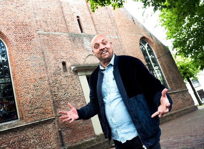 Danny Lukassen viert zijn 30-jarig jubileum in de Dorpskerk in Abcoude.