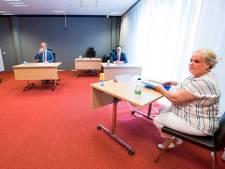 Woonwagenbewoonster Martha Wolters uit Goor strijdlustig bij het mensenrechtencollege in Utrecht
